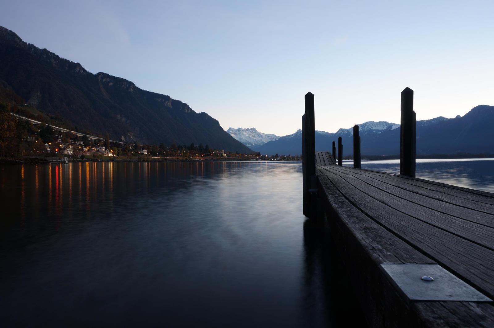 Anochecer en el lago Leman