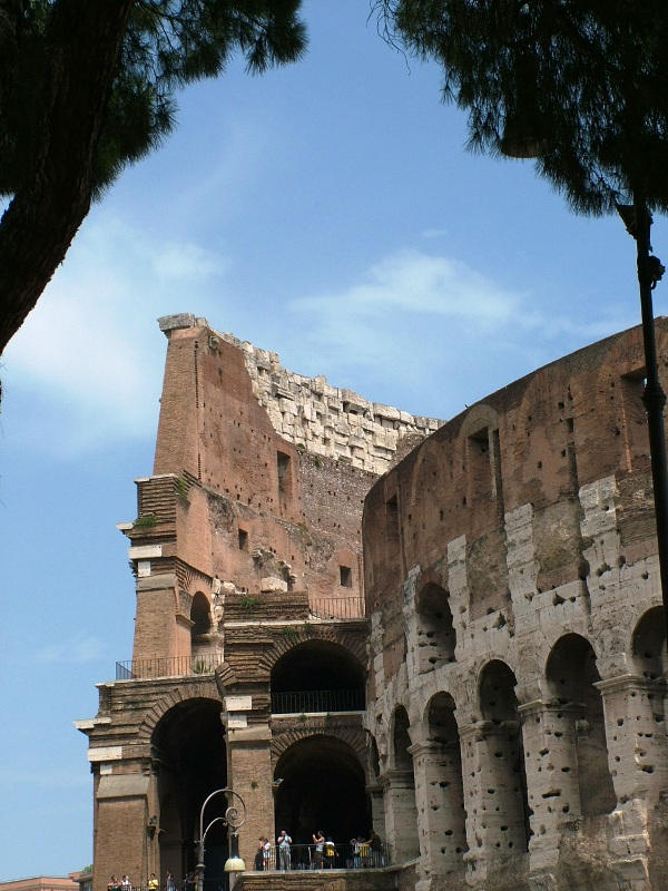 The Colosseum by Alredhead