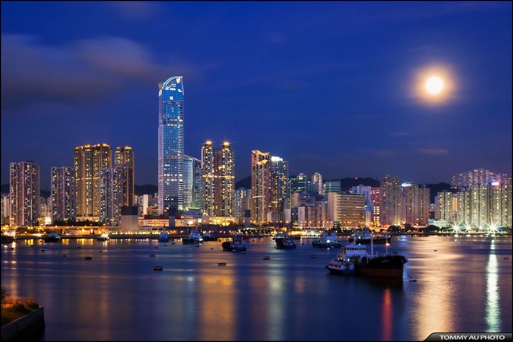 Tsuen Wan Bay by tommyauphoto