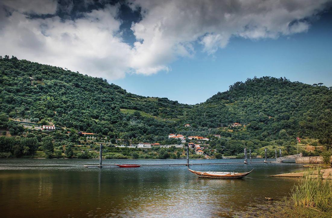 Algures por Resende - Portugal by InfiniteCreations