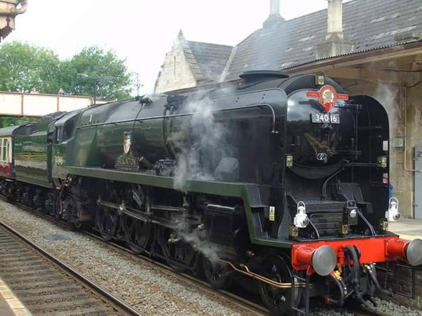 steam train  by kirk12Lumiere