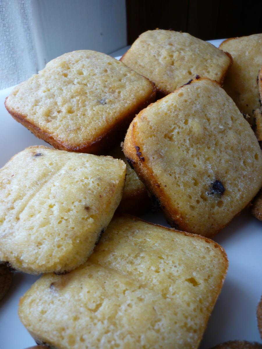 how to make choc chip muffins