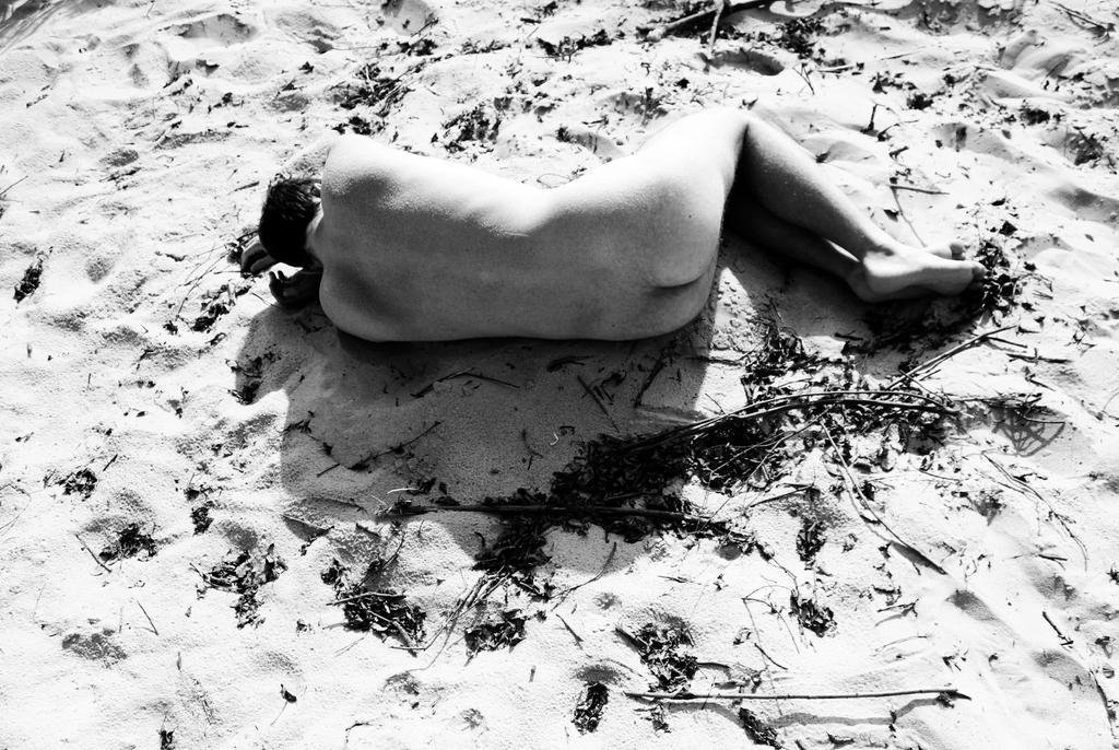 Sunbathing by Lucienel