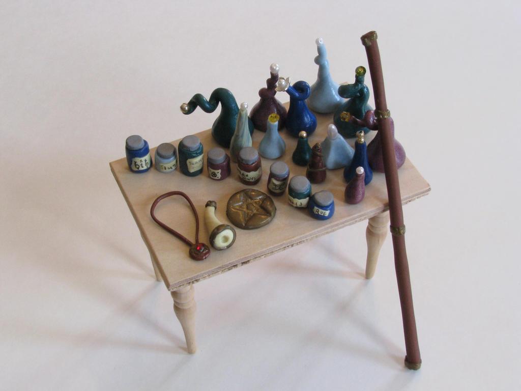 Wizard's accesories by duskofinnocence