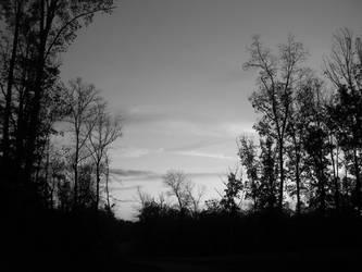 Sunset (Black and White) by LaCabezaDelCastor