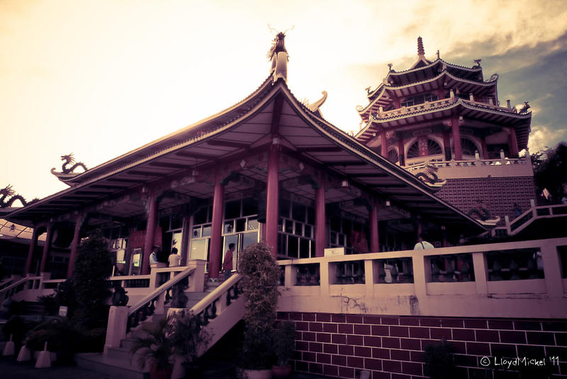 Taoist Temple 3 by lloydmickel