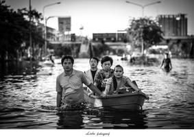 Boat by Thanutpat