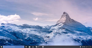 Windows 10 Redstone Taskbar