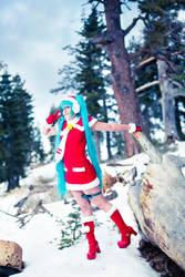 Miku Enjoying Snow by vensii
