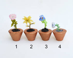 Potted flower miniatures O195-8