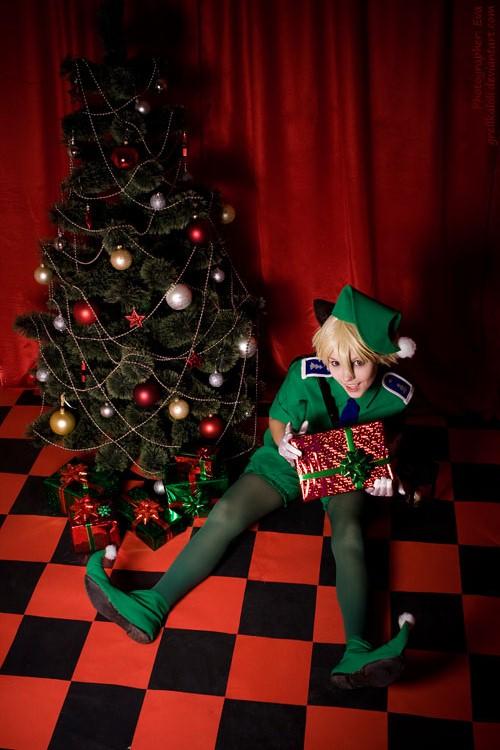 Hellsing Schrodinger Christmas 12 by grellkaLoli