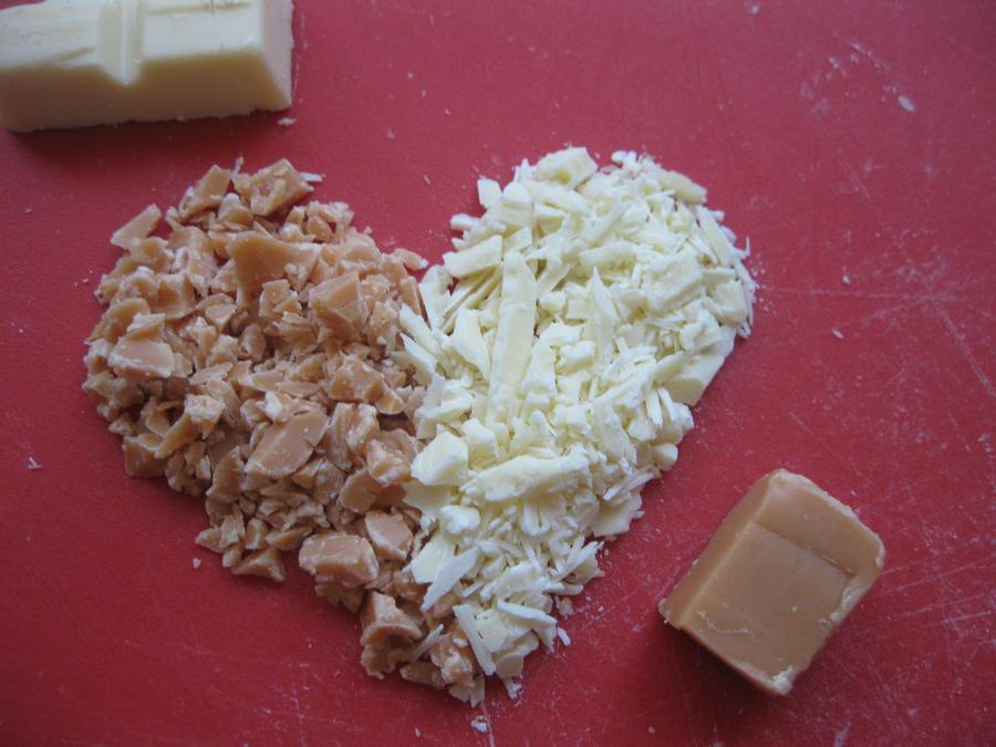 choclat loves fudge by LekkerrBloeiend