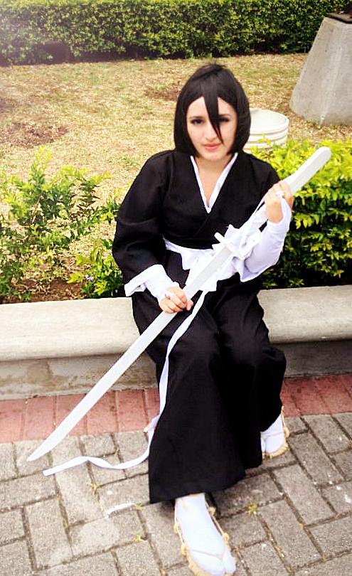 Rukia Kuchiki by PrincessTeppelin