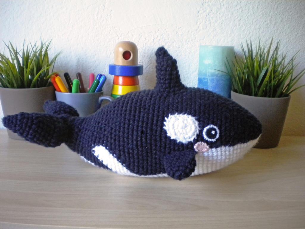 Free Crochet Amigurumi Whale Patterns : Killer whale amigurumi by drewbieszoo on deviantart