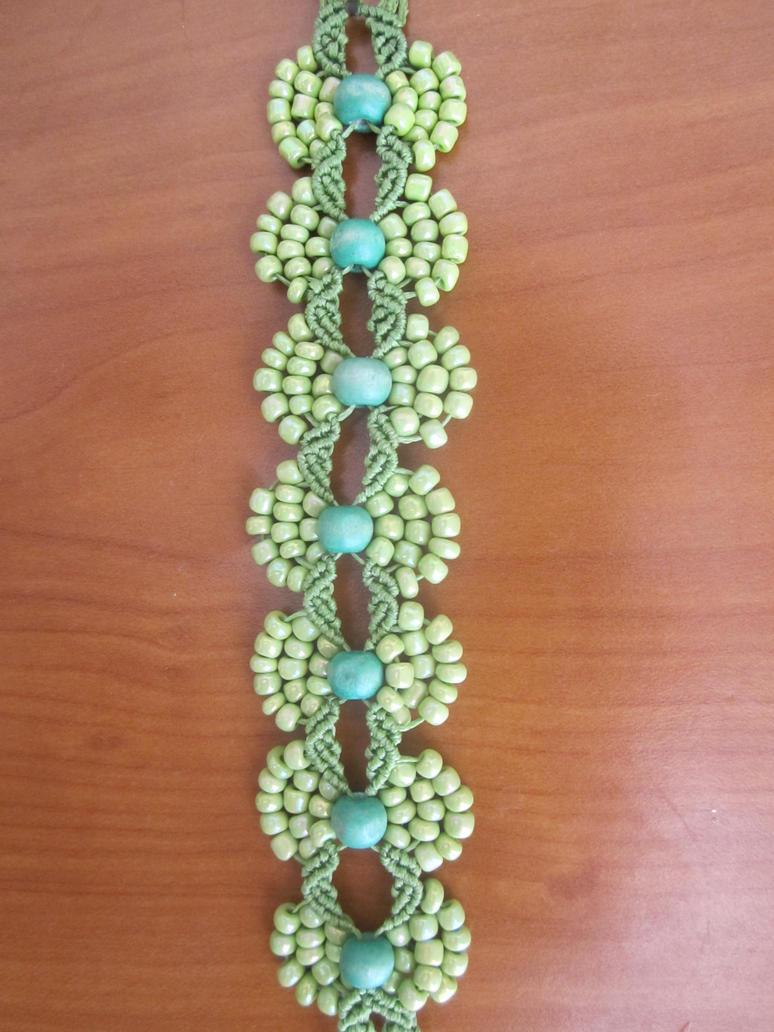 Macrame bracelet by Ursulaa on DeviantArt