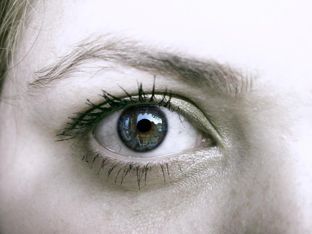 Eye focus by Shakieth on DeviantArt