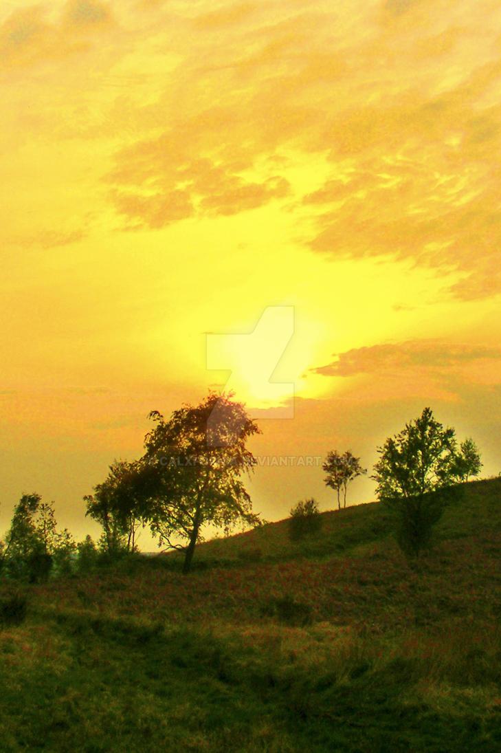 Mountain Sunset by Calxfornia