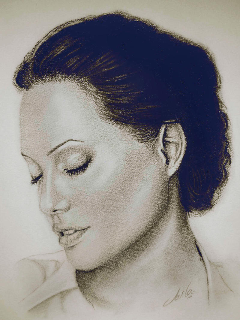 Angelina by CarlaTeresa