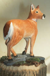 White-tailed Doe Carving by greencheek