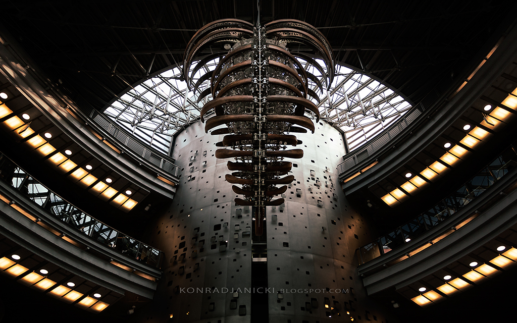 Alien form in architecture by KonradJanicki