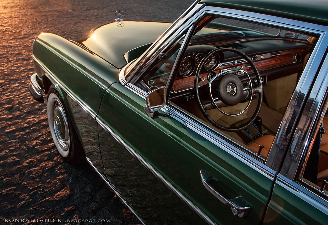 Mercedes Benz W109 classic interior