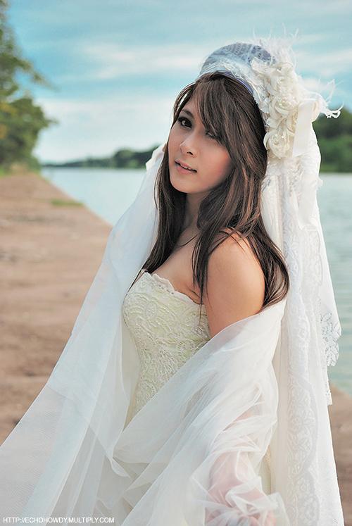 Bride01 by Echohowdy