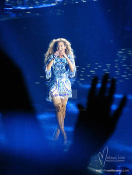 Beyonce 'hearts' the crowd in Auckland in concert