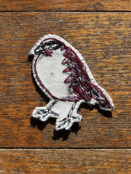 White throated sparrow brooch