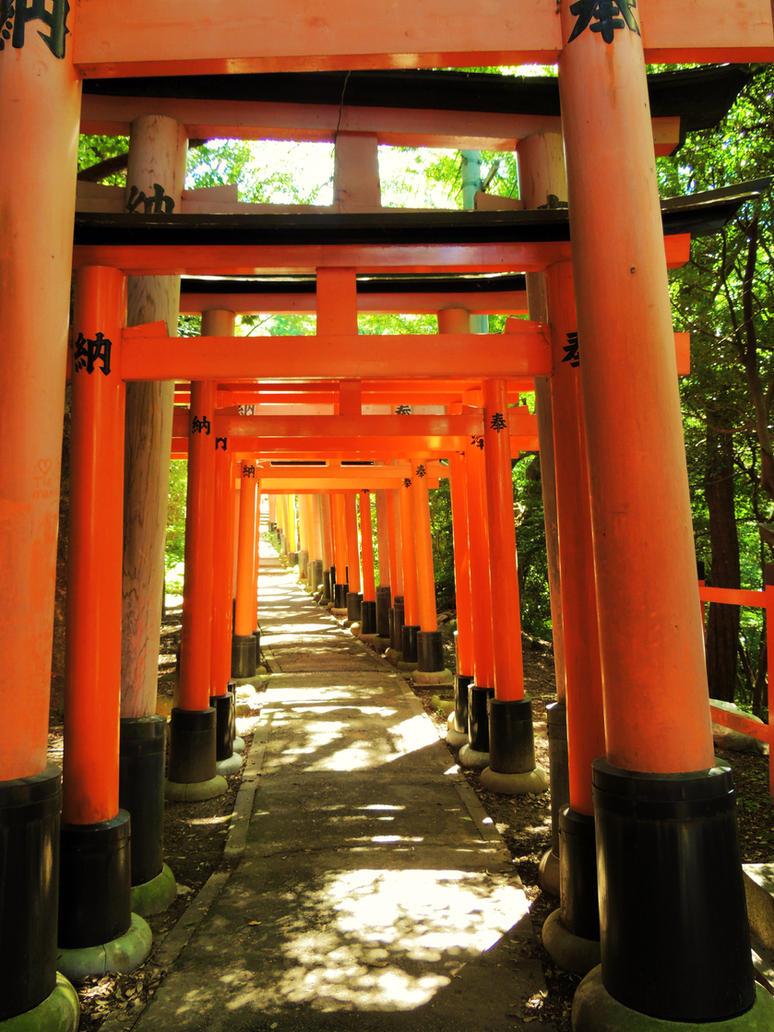 Fushimi-Inari 49 by Hikaru979