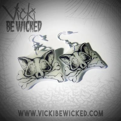 Cat Skull crossebones dangle earrings by VickiBeWicked