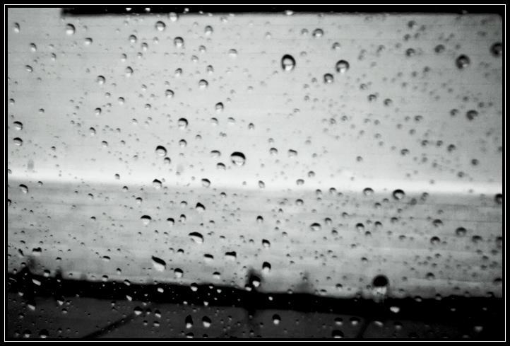 Rain Drops shot 3 by Fukfire