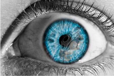 Human eye by AnaMarieSmith