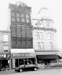 the apollo 11 restaurant