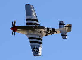 North American P-51D Flyby by shelbs2
