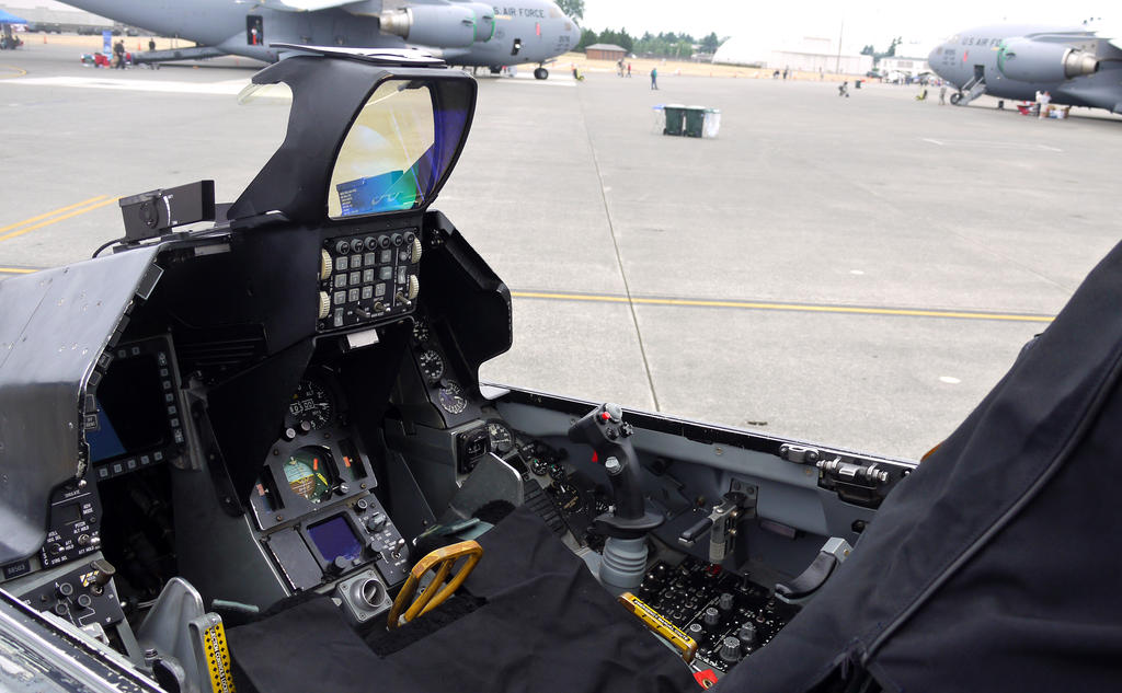 F-16 Driver's Seat by shelbs2