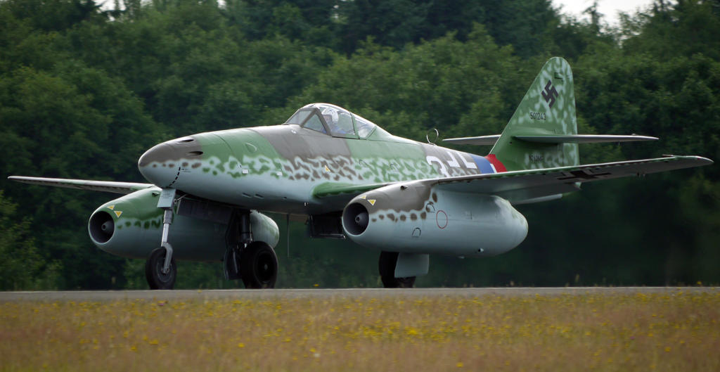 Messerschmitt Me-262A-1C by shelbs2