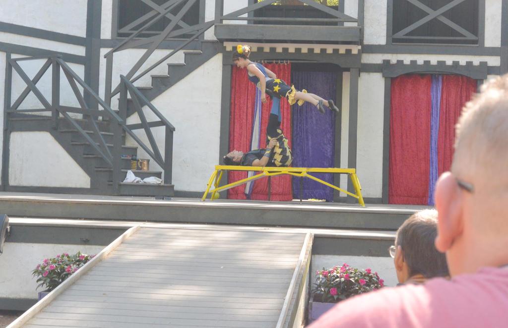 King Richard's Fair, Couple Acrobatics 10 by Miss-Tbones
