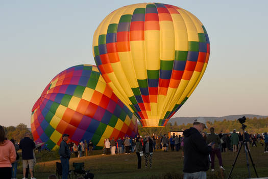Adirondack Balloon Festival,Morning Spectators 2