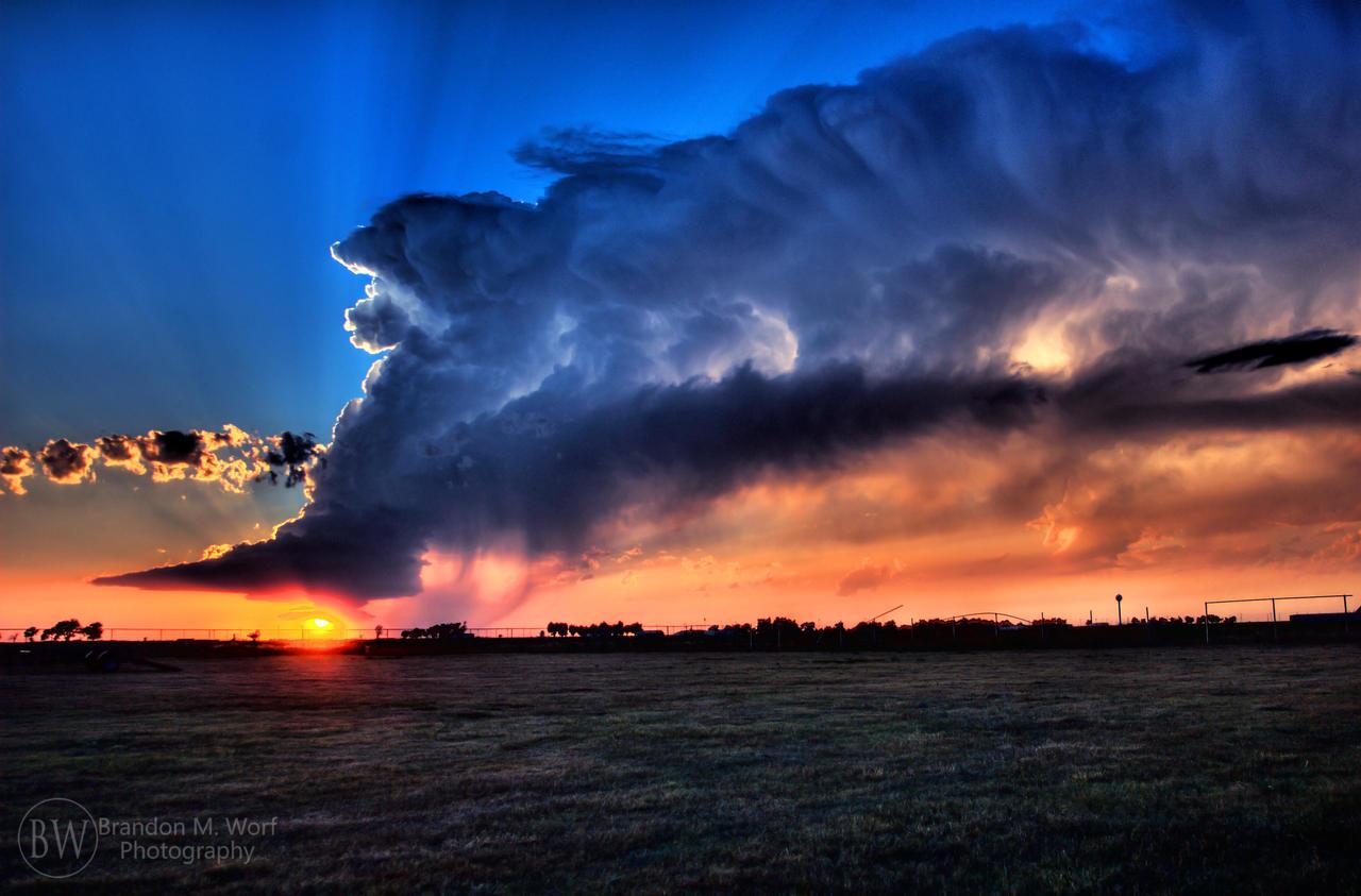 Stormy Sunset by factorone33 on deviantART