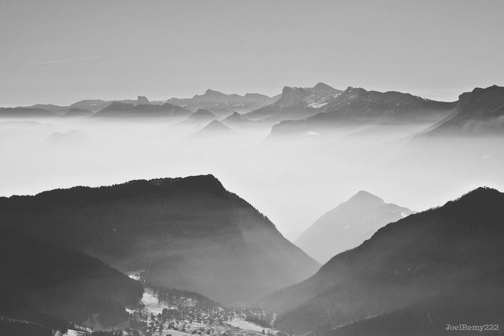 Montagnes by JoelRemy222