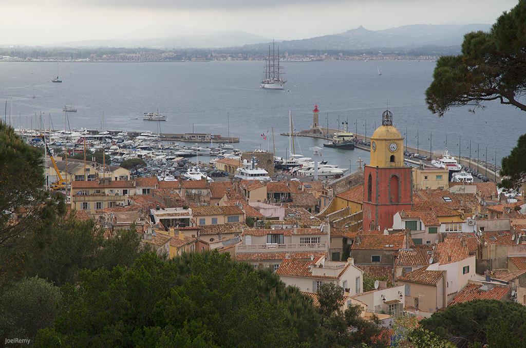 Vue sur St Tropez by CharlieMerci