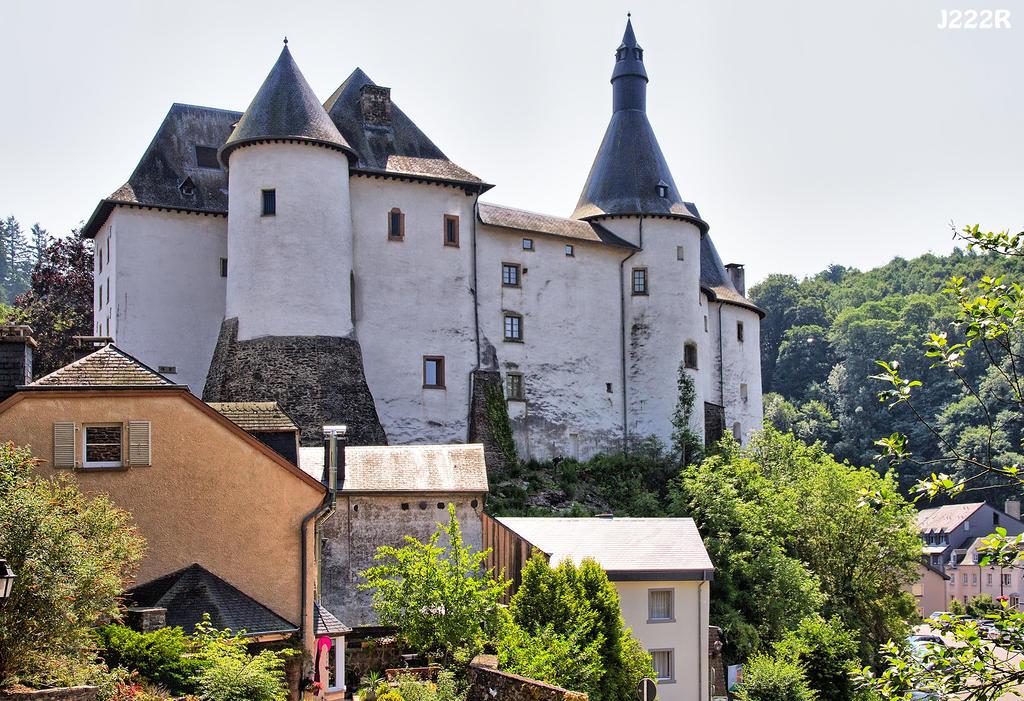 Chateau de Clervaux by J222R