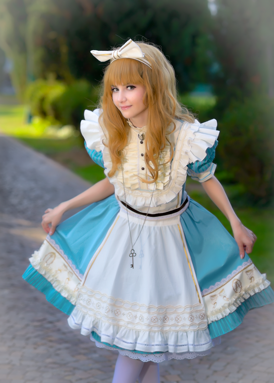 Alice - Sakizo's Wonderland by Shu-Maat
