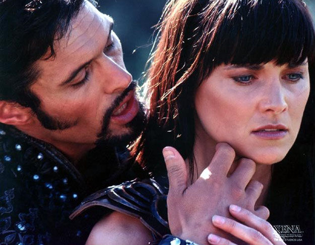 http://fc05.deviantart.net/fs47/f/2009/185/4/d/Ares_And_Xena_by_queenofcats98.jpg