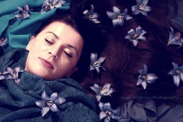 Sleeping beauty by retrohippiesummer