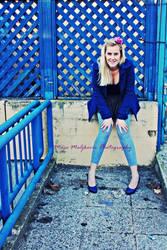 Urban blond in urban blue