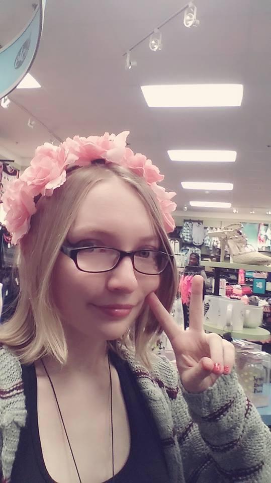 Flower Crown Queen~ by RoseThornsoftheVine