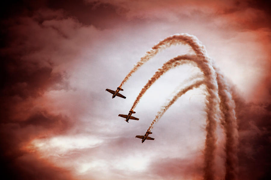 Air Show Red by shayne-gray