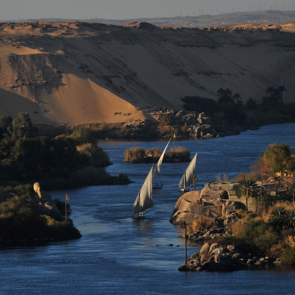 GOOD MORNING ASWAN by Nile-Paparazzi