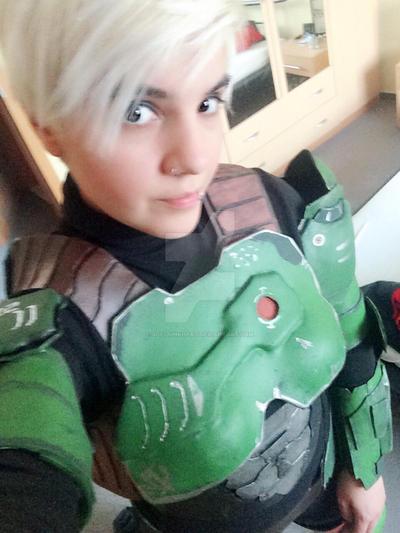Doom marine selfie  by SofiJunkhead